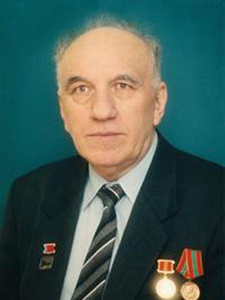 Управляющий трестом «Энергостроймонтажсвязь» с 1974 по 1986 гг., заместитель начальника ХОЗУ Минэнерго с 1986 по 1989 гг.