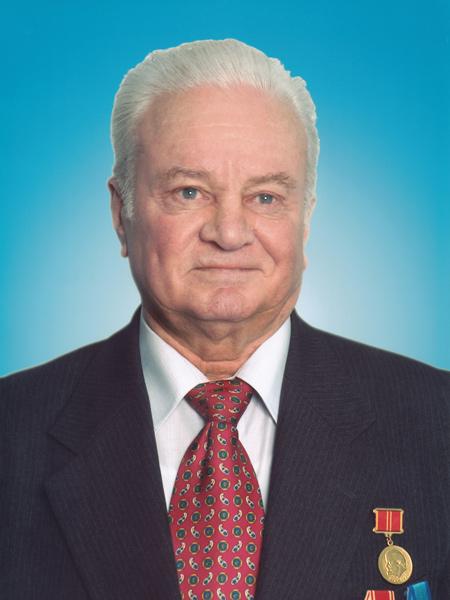 Первый заместитель начальника Главэнерго, член Правления РАО «ЕЭС России».