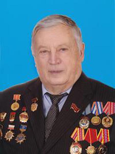 Заместитель начальника Департамента «Энергореновация» РАО «ЕЭС России» с 1992 по 1996 гг.