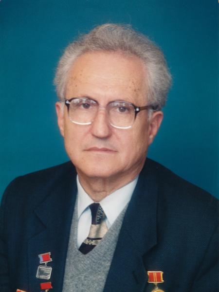 Начальник Главстройиндустрии с 1987 по 1992 гг.